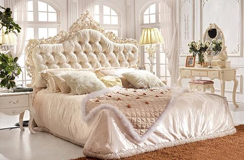 Mẫu giường ngủ cổ điển màu trắng
