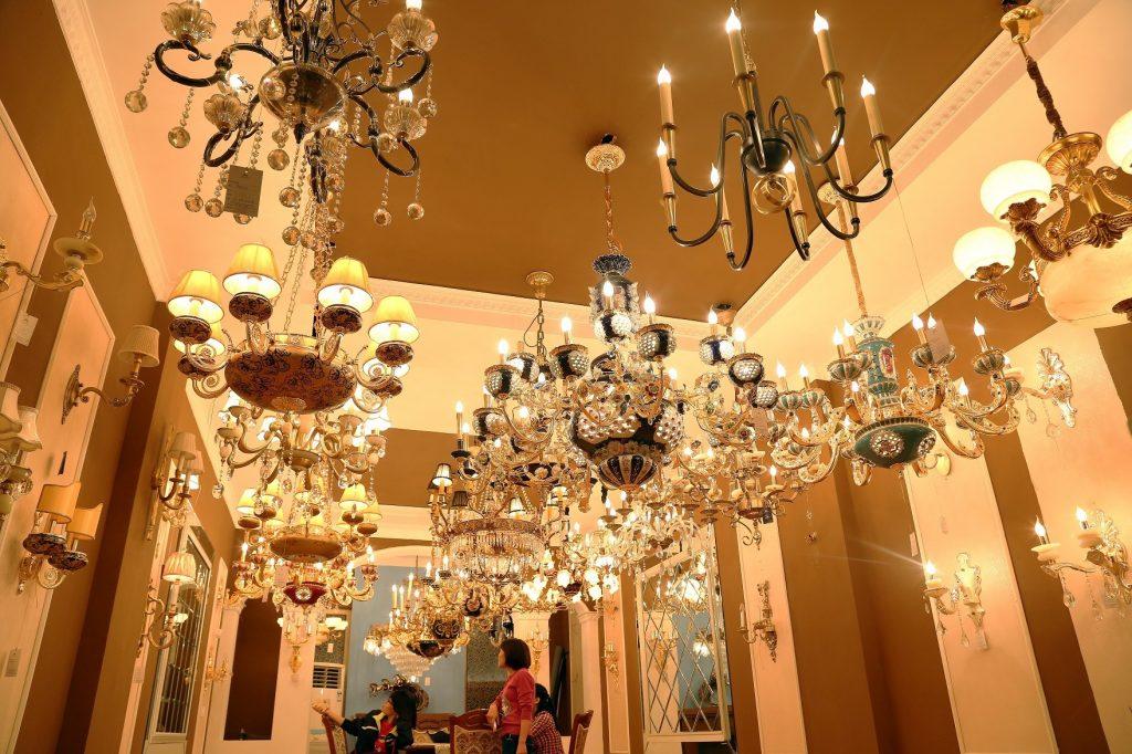 Nhu cầu mua sắm đèn trang trí cao cấp cuối năm tại HCM
