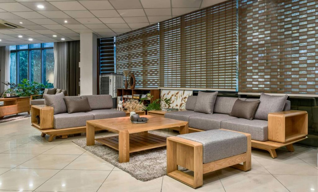 Nên sử dụng sofa gỗ tự nhiên hay sofa gỗ công nghiệp?